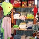 Gift shop t-shirt display 8.2011